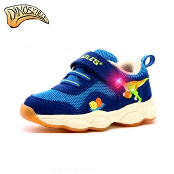 2017 Boys glowing sneakers Boys flashing shoes kids shoes luminous tenis led infantil boys 3D dinosaur Breathable shoes Spring